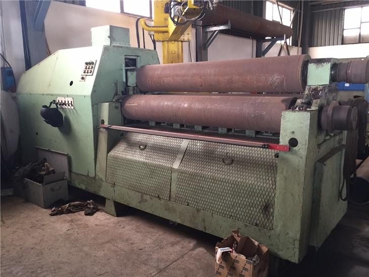 Macchine per la lavorazione della lamiera | Calandre