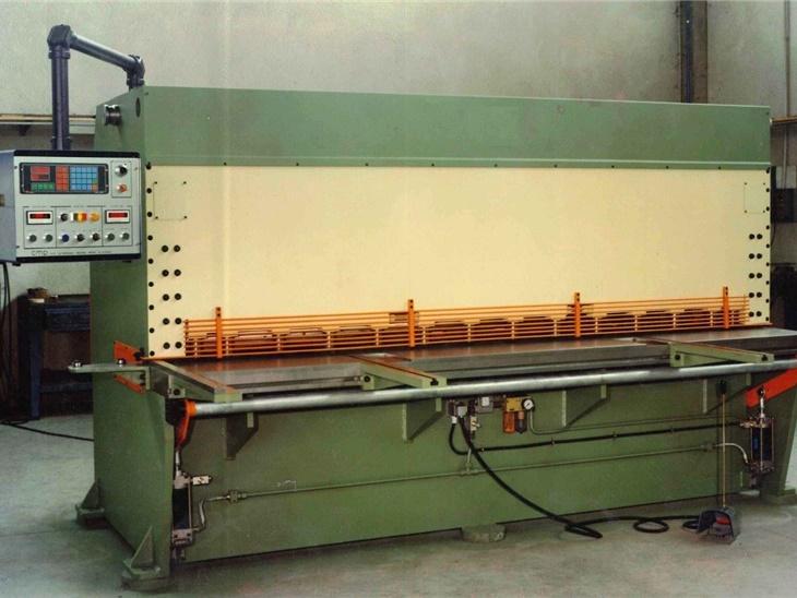 Macchine per la lavorazione della lamiera | Cesoie usate